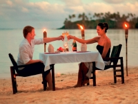 Romantisches Dinner am Strand, Foto: BoTG