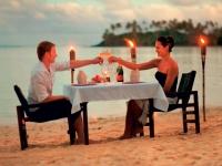 Romantisches Dinner am Strand, Foto: BoTG