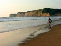 Canoa Surf-Paradies, Foto: Ministerio de Turismo del Ecuador