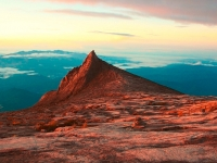 South Peak, Mt Kinabalu, Eric BC Lim [CC BY 2.0 flickr]