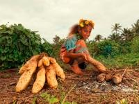 Mädchen aus Neukaledonien, Foto: Stéphane DUCANDAS/GIE NCTSP