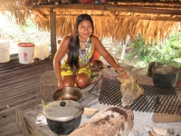 Ureinwohnerin in Embera, Foto: travel-to-nature