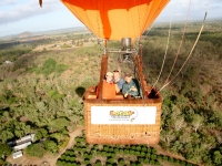 Cruising above the trees, Foto: Cairns Hot Air Ballooning
