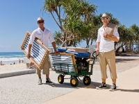 Hilton Surfers Paradise Beach Valet's in action, Foto: Mark Burgin