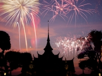Wat arun under new year celebration time, Thailand, Melinda Nagy
