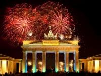 Berlin, Brandenburger Tor, Feuerwerk, Silvester, flyinger